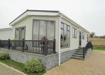 Thumbnail 2 bed mobile/park home for sale in Mill Lane, Yarwell Mill, Peterborough