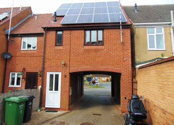 Thumbnail 1 bed maisonette to rent in Courtlands, Evesham