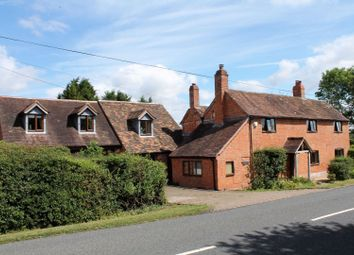 Thumbnail 6 bed country house for sale in Radford Road, Flyford Flavell