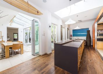 Thumbnail 6 bed property to rent in Westfields Avenue, London