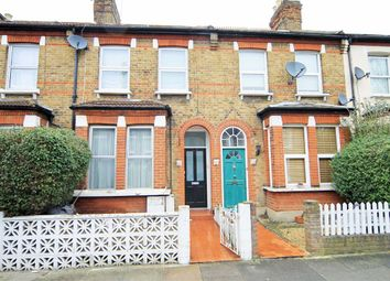 Thumbnail 1 bed flat to rent in Felix Road, London