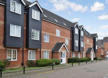 2 bed flat to rent in Bartholomew Court, Newbury, Berkshire RG14