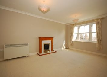 Thumbnail 2 bed flat to rent in New Town, Uckfield