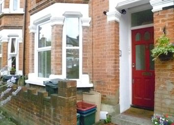 1 bed maisonette to rent in Mafeking Avenue, Brentford TW8