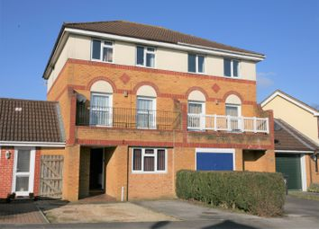 Thumbnail 4 bed town house for sale in Kingfisher Drive, Devizes