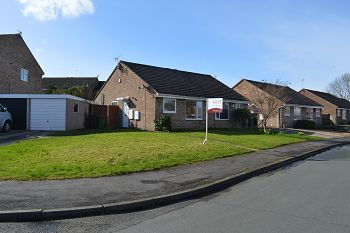 Thumbnail 2 bed semi-detached bungalow to rent in Heathbank Avenue, Irby