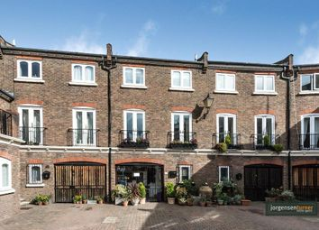 Thumbnail 3 bedroom property for sale in Maple Mews, Maida Vale, London
