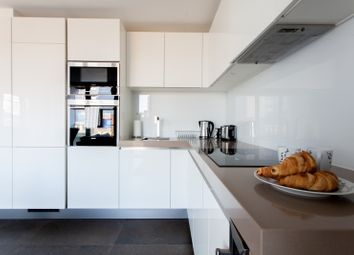 Thumbnail 1 bed flat to rent in City Road, Islington