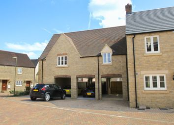 Thumbnail 2 bed flat to rent in Carriage Crescent, Witney