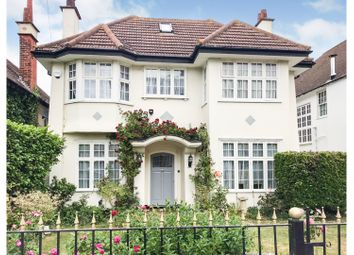 Crowstone Road, Westcliff-On-Sea SS0. 6 bed detached house