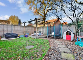 3 bed link-detached house for sale in Downs Close, Headcorn, Kent TN27