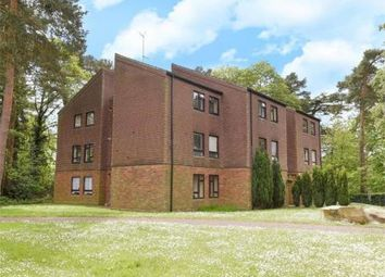 Thumbnail 2 bed flat to rent in Dawsmere Close, Camberley