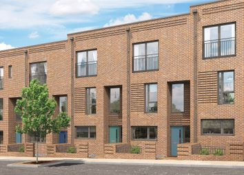 Thumbnail 4 bed property for sale in Hebdon Road, London
