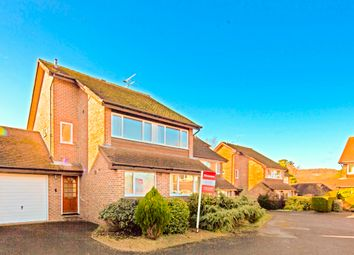 Thumbnail 3 bed detached house to rent in 5 Maple Court, Goring On Thames