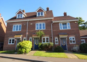 Thumbnail 3 bed town house to rent in Kings Worthy Road, Fleet