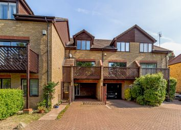 3 bed town house for sale in Sandy Lane, Teddington TW11