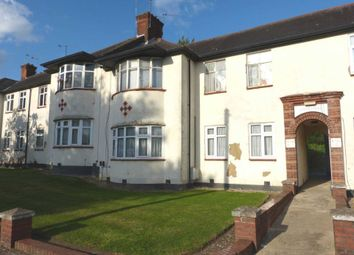 3 bed flat for sale in Green Lane, Edgware HA8