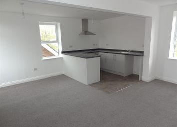 Thumbnail 2 bed flat for sale in Laundon House, Eastgate, Sleaford