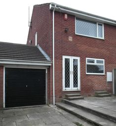 Thumbnail 3 bed town house to rent in Finchley Way, Morley, Leeds