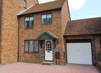 Thumbnail 3 bed link-detached house to rent in Kings Chase, East Molesey