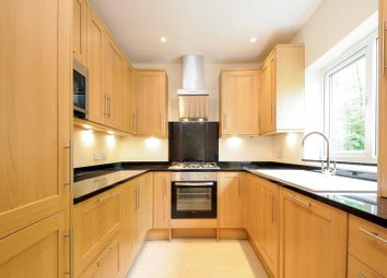 Thumbnail 2 bedroom flat to rent in Taylor Close, Sandridge, St.Albans