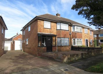 Thumbnail 4 bed property to rent in Morley Road, Basingstoke