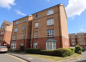 2 bed flat to rent in Beckets View, Northampton NN1