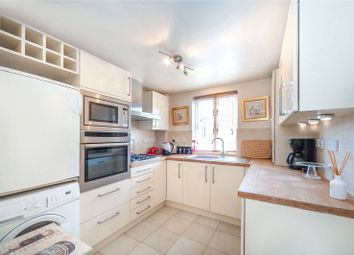 Thumbnail Flat to rent in Fitzroy Crescent, Chiswick, London