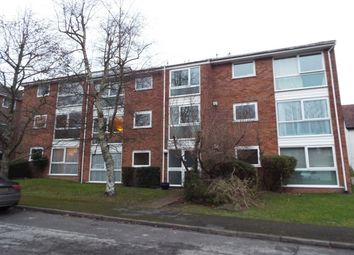 Thumbnail 2 bed flat to rent in Fairview Gardens, Farnham