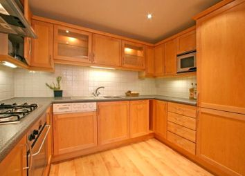 Thumbnail 2 bed flat to rent in Ensign Street, London
