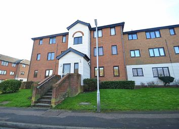 Thumbnail 1 bed flat to rent in Parrotts Field, Hoddesdon, Hertfordshire