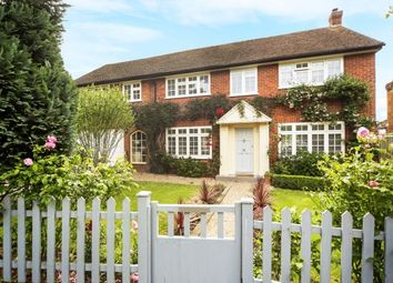Thumbnail 5 bed property to rent in Trystings Close, Claygate
