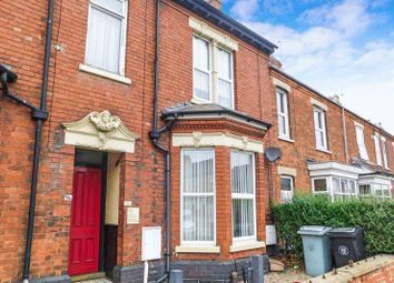 Thumbnail 2 bed flat to rent in Harlaxton Road, Grantham