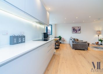 Woodstock Road, Golders Green NW11. 3 bed flat