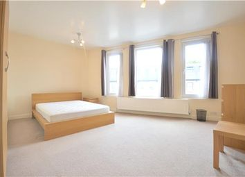 Thumbnail 2 bedroom flat to rent in Oakmead Road, Balham