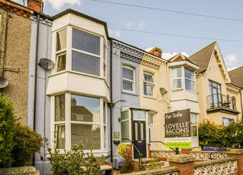 Thumbnail 4 bed terraced house for sale in 8 Albert Road, Cleethorpes