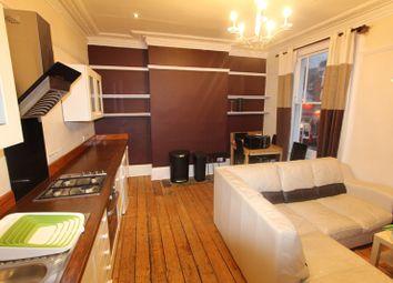 Thumbnail 3 bed flat to rent in Triangle Estate, Kennington Lane, London