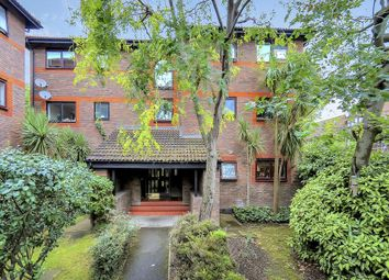 Thumbnail 2 bed flat to rent in Shipwright Road, London