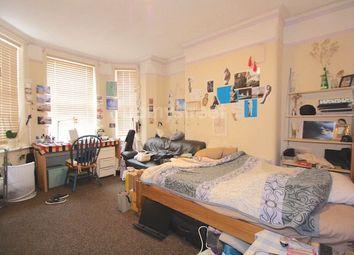 Thumbnail 3 bed flat to rent in Kenton Street, London