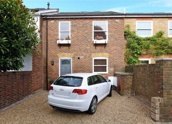 Thumbnail 4 bed terraced house to rent in Western Lane, London