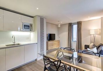 Thumbnail 3 bed flat to rent in Harbet Road, Edgware Road