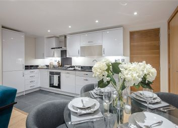 Thumbnail 2 bed flat for sale in Greenside View, Oxford Road, Gerrards Cross