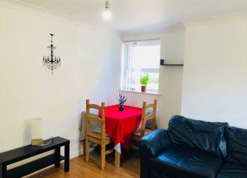 1 Bedrooms Flat to rent in 34 Schooner Close, London E14,