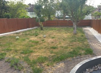 Thumbnail 1 bed flat to rent in Warwick Avenue, Edgware, Middlesex