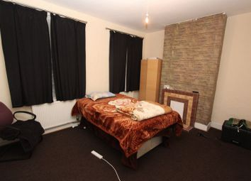 Thumbnail Room to rent in Boleyn Road, Forest Gate