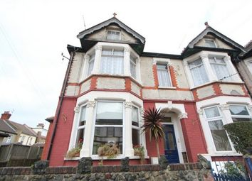 Thumbnail 1 bed flat to rent in Silverdale Avenue, Westcliff-On-Sea, Essex
