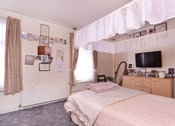 Thumbnail 4 bed flat to rent in Second Avenue, Manor Park