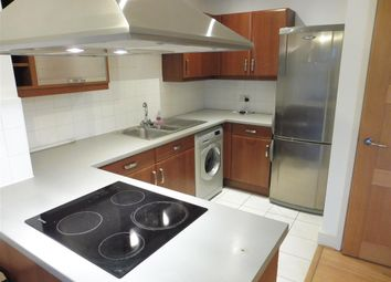 Thumbnail 2 bed flat to rent in Park Lane, Croydon