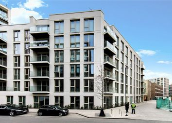 3 bed flat for sale in Schooner Road, London E16