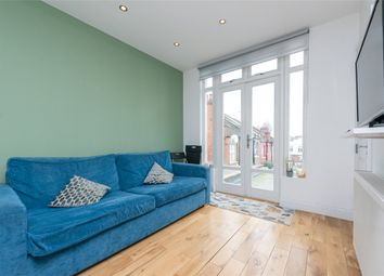 Harrow Road, London NW10. 3 bed flat
